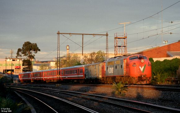 a60_dn_bmarsh_at_footscray