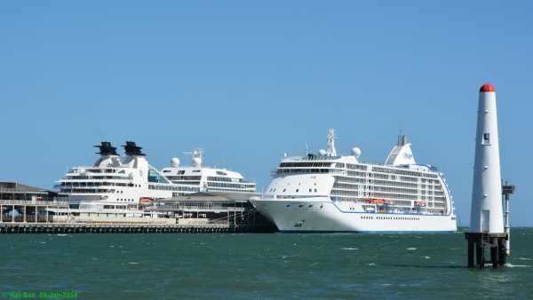 Seabourn Odyssey and Seven Seas Voyager